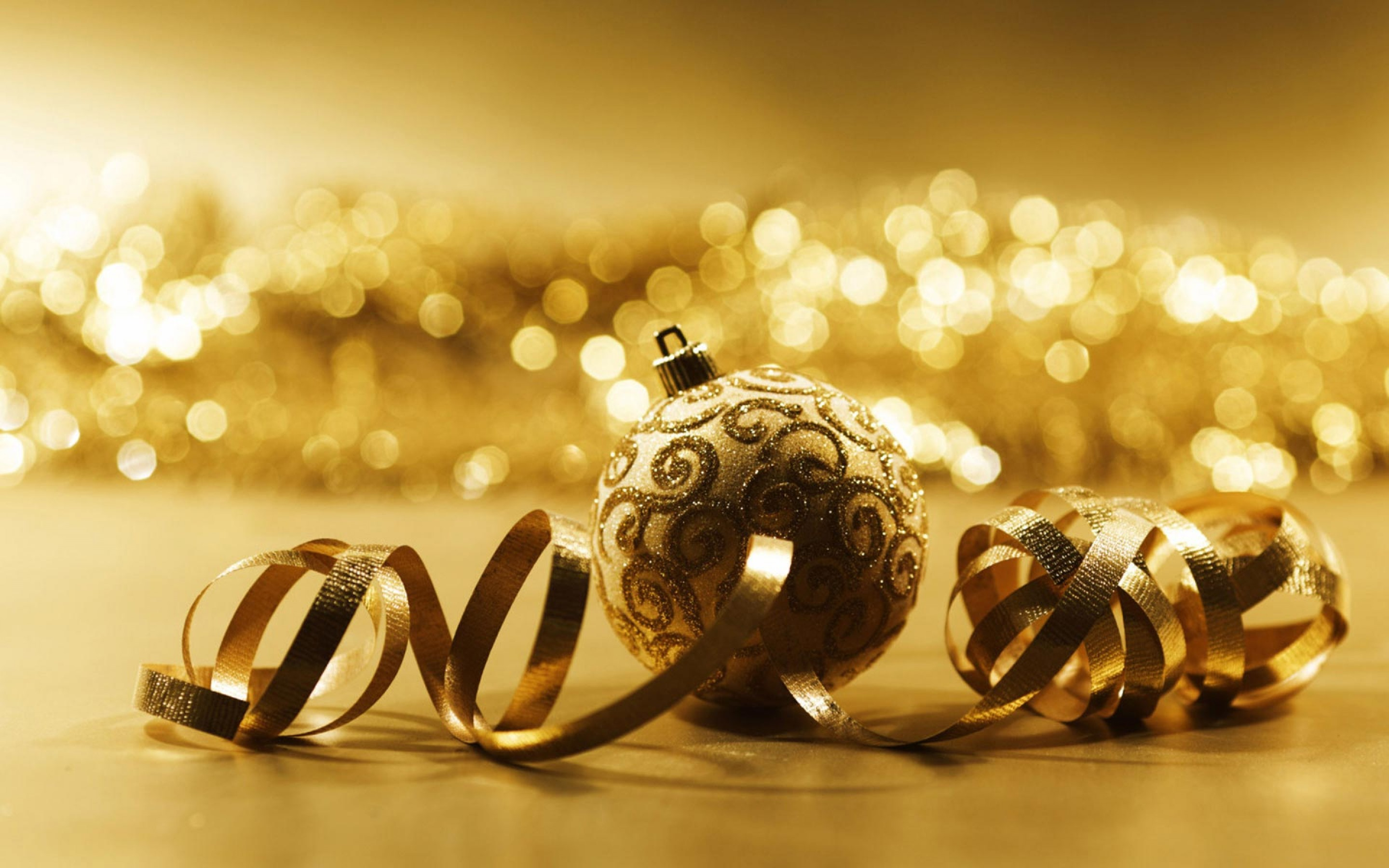 free-desktop-Wallpaper-beautiful-superb-super-cool-wallpapers-wide-screen-download-hd-Golden-Christmas-2-2880x1800