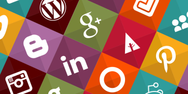 40 Sleeky Web Icons For Your Blogs And Websites