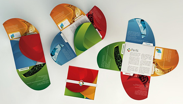 creative-best-brochure-design (26)-24