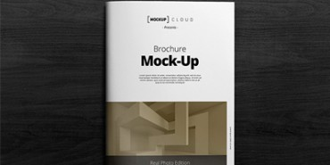 Free A4 Brochure Mock-up Title and Inside Psd
