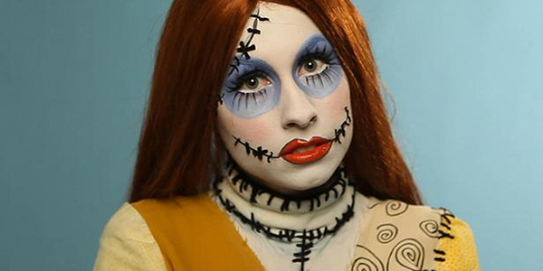 Here is how to get this striking ragdoll makeup look for Halloween.