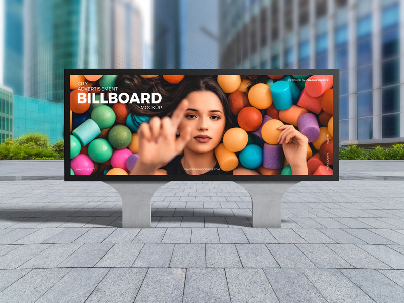 Free-City-Advertisement-Billboard-Mockup