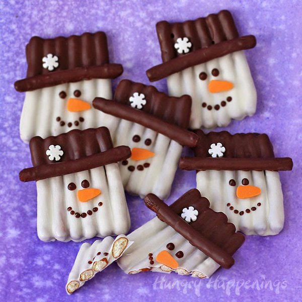 chocolate-pretzel-snowman-craft-food