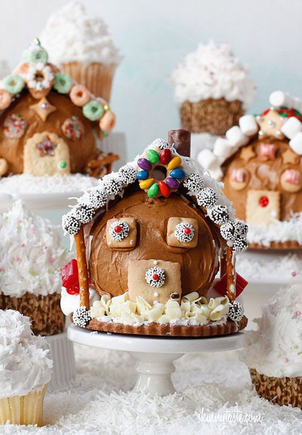 cupcakes-turned-on-their-sides-and-decorated-like-gingerbread-houses-food