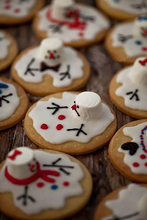 super-cute-melted-snowman-cookies-christmas-food