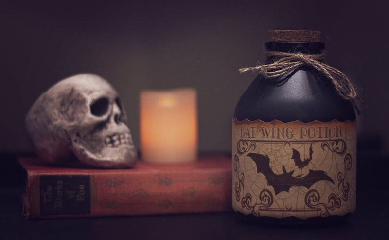 Scary-Halloween-Book-With-Candle