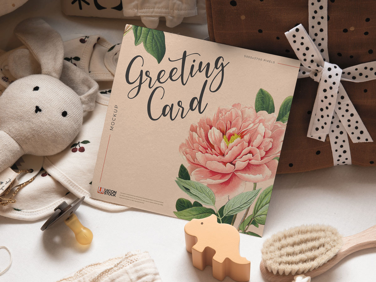 Free-Realistic-Square-Greeting-Card-Mockup-1