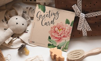 Free-Realistic-Square-Greeting-Card-Mockup